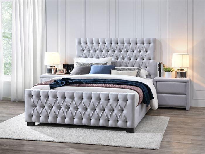 hardwood-bella-upholestered-queen-bedroom-modern