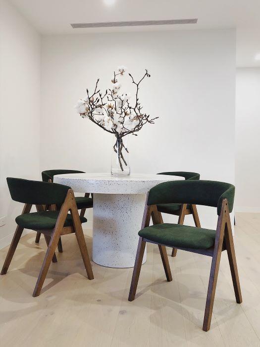 hardwood-dining-chairs-modern-dining-room