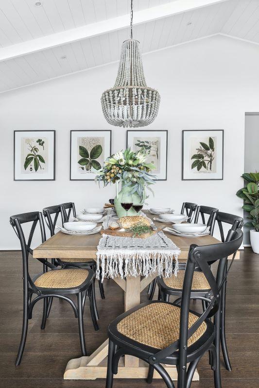 hardwood-dining-table-modern-dining-room10