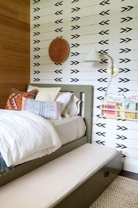 trundle-bed-in-modern-home
